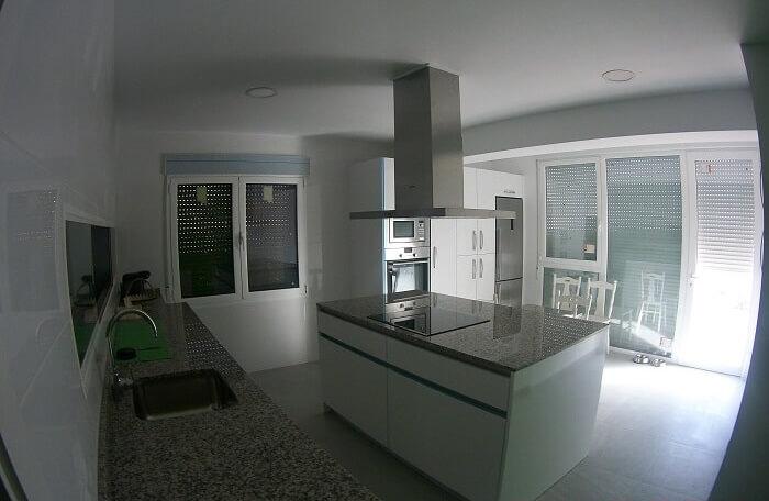 Cocina obra cocina despus renueva tu cocina sin hacer - Cambiar encimera cocina sin obras ...